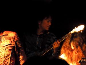 Live13